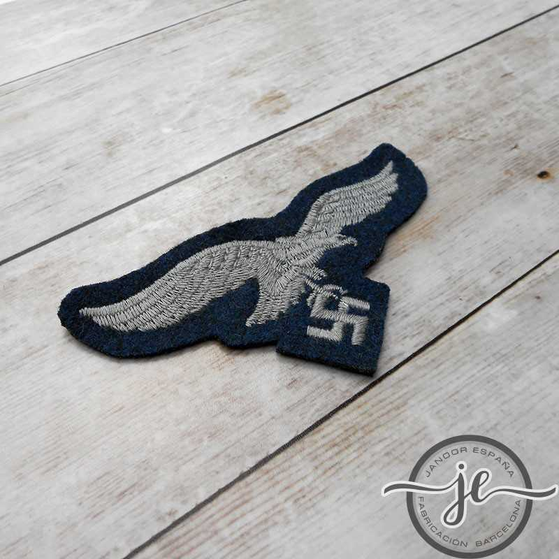 Luftwaffe enlisted man's cloth embroidered breast eagle