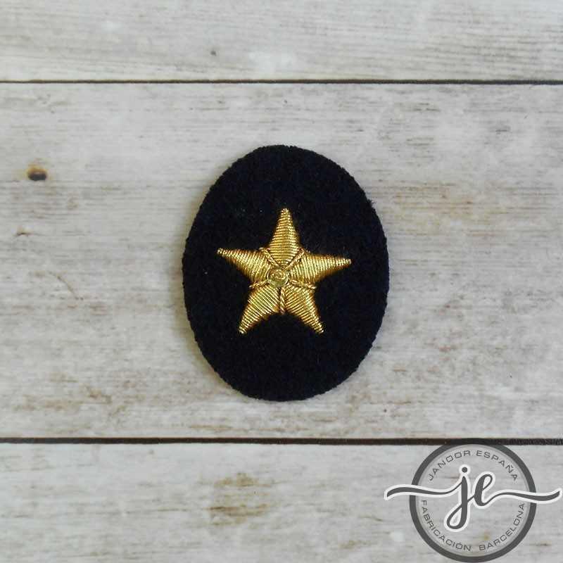 Kriegsmarine officer hand embroidered star