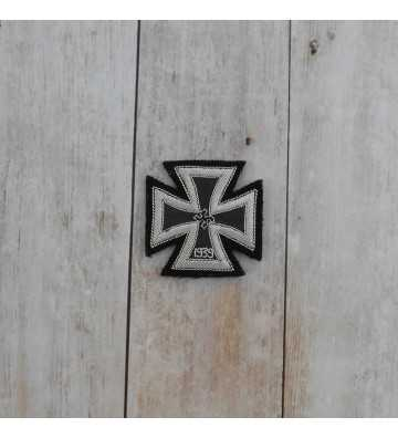 Embroidered cross 1st class 1939