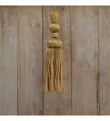 Borla de oro de 10 cm con fleco de canutillo y gusanillo de 8 cm