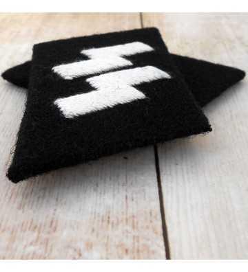 SS-Schütze man's rune collar patches
