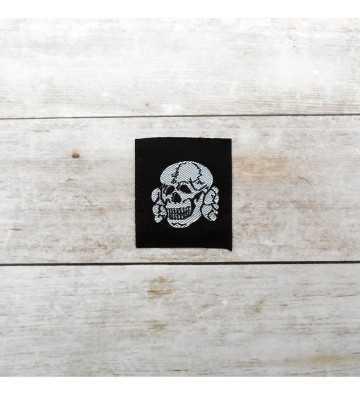 Calavera de gorra Waffen-SS, oficiales