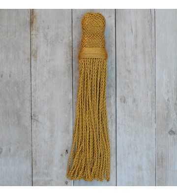 Borla dorada con fleco torcidode 27 cm